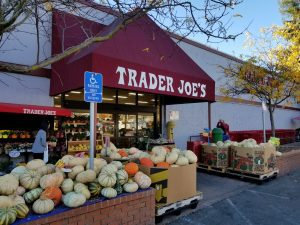 a picture of the front of a Trader Joe's grocery store